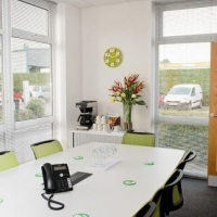 FREE LUNCH ON A FULL DAY FRIDAY MEETING ROOM HIRE